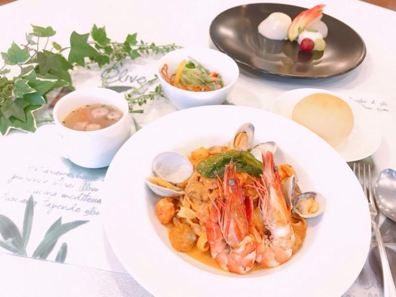 ★★海老とアサリの贅沢トマトクリームパスタ